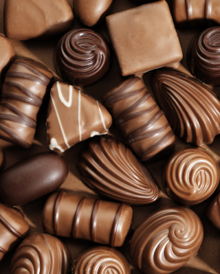 Chocolate Candies - Obrázkek zdarma pro 352x416