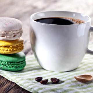 Coffee and macaroon - Obrázkek zdarma pro iPad