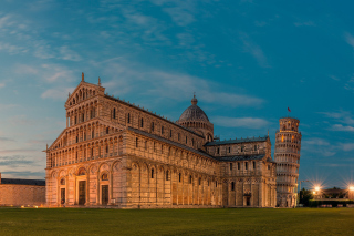 Pisa Cathedral and Leaning Tower - Obrázkek zdarma pro Widescreen Desktop PC 1440x900