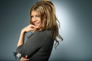 Fergie - Obrázkek zdarma pro Desktop Netbook 1024x600
