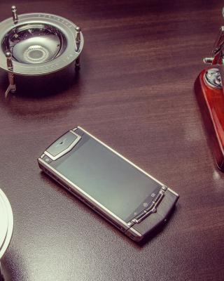 Vertu Phone - Obrázkek zdarma pro Nokia Asha 202