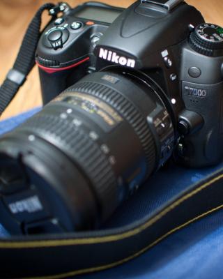 Nikon D7000 - Obrázkek zdarma pro Nokia C3-01