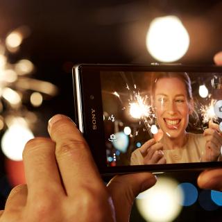 Sony Xperia Z1 - Obrázkek zdarma pro iPad mini 2