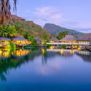 French Polynesia Beach Resort - Obrázkek zdarma pro 208x208
