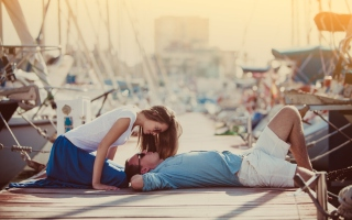 Marine Style Couple Background for Android, iPhone and iPad