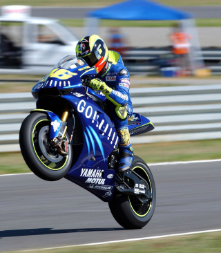 Yamaha Racing Bike - Obrázkek zdarma pro 360x480