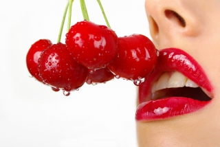 Cherry and Red Lips - Obrázkek zdarma