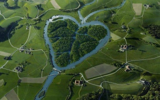 Heartshaped River North Dakota Wallpaper for Android, iPhone and iPad