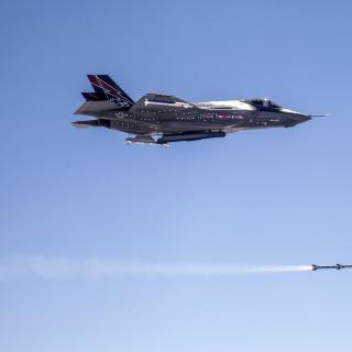 Lockheed Martin F 35 Lightning II - Obrázkek zdarma pro iPad 3