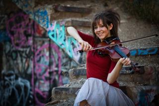 Lindsey Stirling Violin - Obrázkek zdarma pro 1024x600