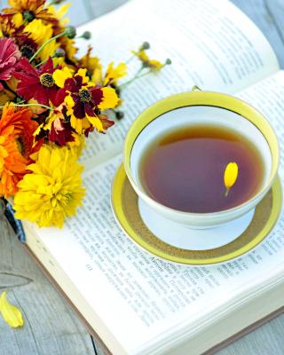 Tea and Book - Obrázkek zdarma pro 480x800