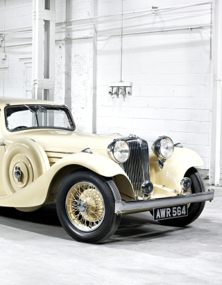 Jaguar Classic Car - Obrázkek zdarma pro Nokia Asha 203