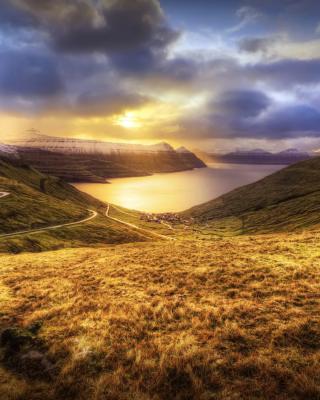 Faroe Islands Landscape - Obrázkek zdarma pro Nokia C-Series