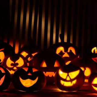 Halloween Pumpkins In The Dark - Obrázkek zdarma pro iPad