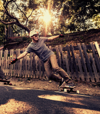 Skateboarding - Obrázkek zdarma pro Nokia Asha 309