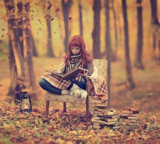 Girl Reading Old Books In Autumn Park - Obrázkek zdarma pro iPad