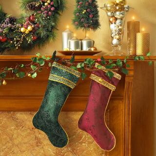 Christmas stocking on fireplace - Obrázkek zdarma pro 2048x2048