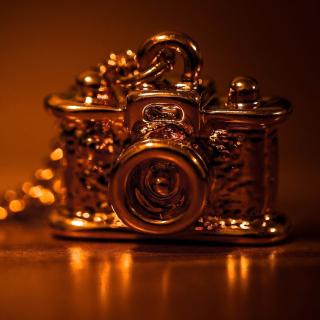 Vintage Golden Camera - Obrázkek zdarma pro 208x208