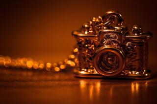 Vintage Golden Camera - Obrázkek zdarma pro 720x320