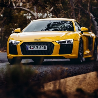 Audi R8 V10 Plus Yellow Body Color - Obrázkek zdarma pro iPad Air