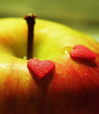 Heart And Apple - Obrázkek zdarma pro iPhone 6 Plus