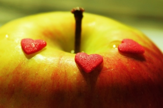 Heart And Apple sfondi gratuiti per cellulari Android, iPhone, iPad e desktop