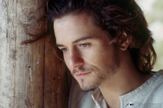 Free Orlando Bloom Picture for Android, iPhone and iPad