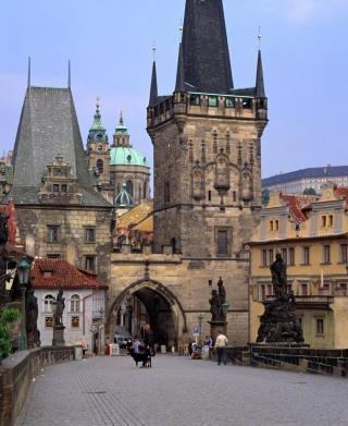 Charles Bridge Prague - Czech Republic - Obrázkek zdarma pro Nokia Asha 305
