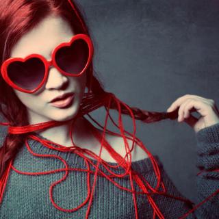 Girl In Love - Obrázkek zdarma pro iPad Air