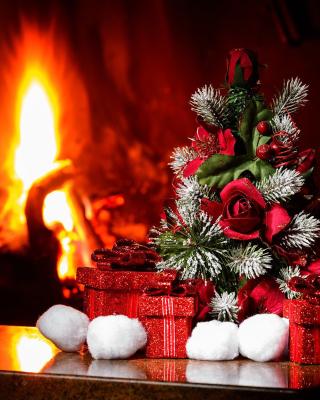 Christmas near Fireplace - Obrázkek zdarma pro Nokia C2-02