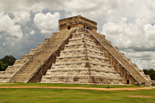One of the 7 Wonders of the World Chichen Itza Pyramid - Fondos de pantalla gratis para Widescreen Desktop PC 1920x1080 Full HD