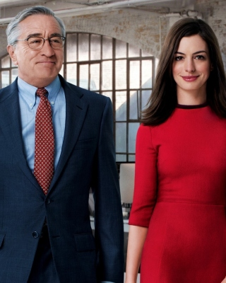 The Intern, Robert De Niro and Anne Hathaway - Obrázkek zdarma pro iPhone 4S