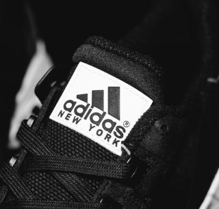 Adidas Running Shoes - Obrázkek zdarma pro 128x128