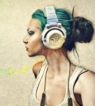 Girl With Headphones Artistic Portrait - Obrázkek zdarma pro 1024x1024