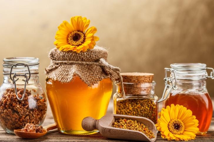 Honey from Greek Farm wallpaper