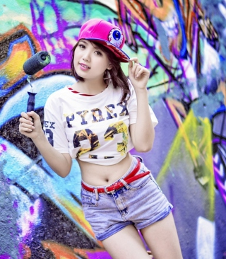 Cute Asian Graffiti Artist Girl - Obrázkek zdarma pro Nokia C6-01