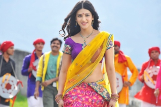 Shruti Hassan In Gabbar Singh Background for Android, iPhone and iPad