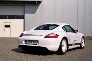 Porsche Cayman S - Obrázkek zdarma pro Fullscreen Desktop 1024x768