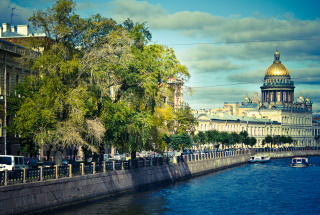 St. Petersburg Russia Background for Android, iPhone and iPad