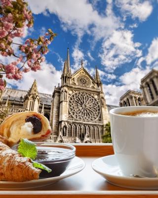 Breakfast in Paris - Obrázkek zdarma pro Nokia Asha 305