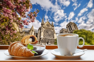 Breakfast in Paris Background for Android, iPhone and iPad