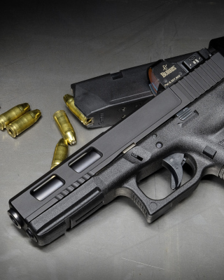 Glock 17 Pistol - Obrázkek zdarma pro 320x480