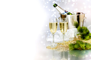 Champagne To Celebrate The New Year - Obrázkek zdarma pro Desktop Netbook 1366x768 HD