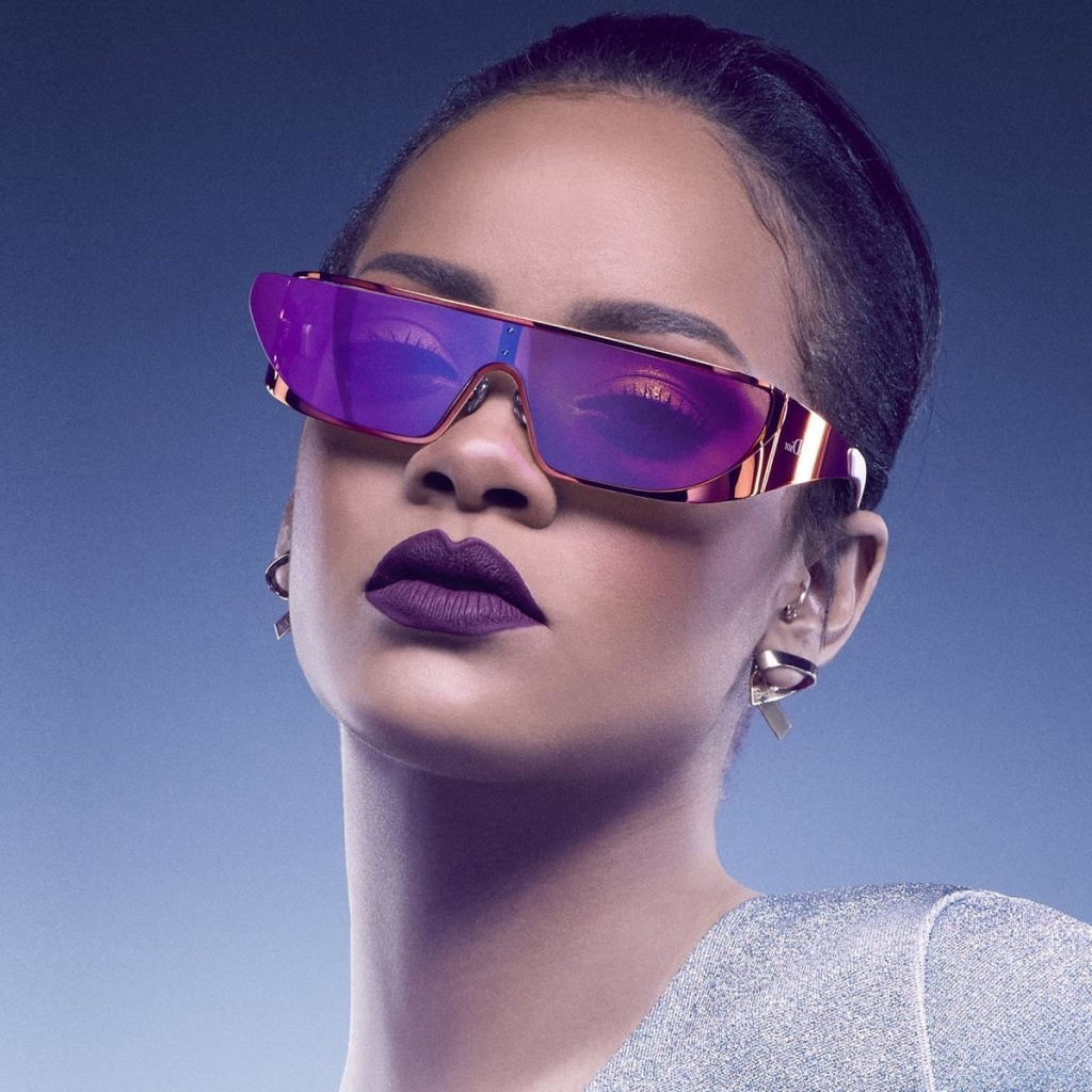 Screenshot №1 pro téma Rihanna in Dior Sunglasses 1024x1024