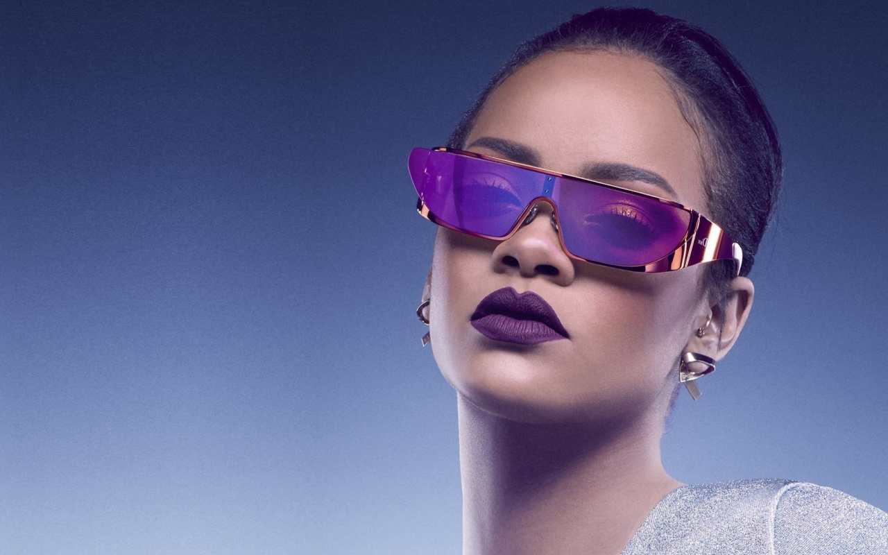 Screenshot №1 pro téma Rihanna in Dior Sunglasses 1280x800