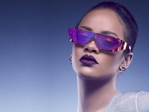 Screenshot №1 pro téma Rihanna in Dior Sunglasses 480x360