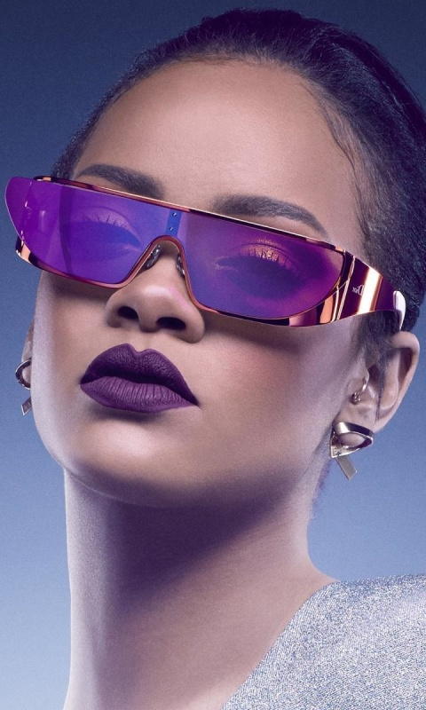 Screenshot №1 pro téma Rihanna in Dior Sunglasses 480x800