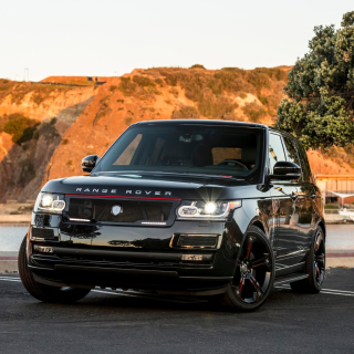 Range Rover STRUT with Grille Package - Obrázkek zdarma pro iPad