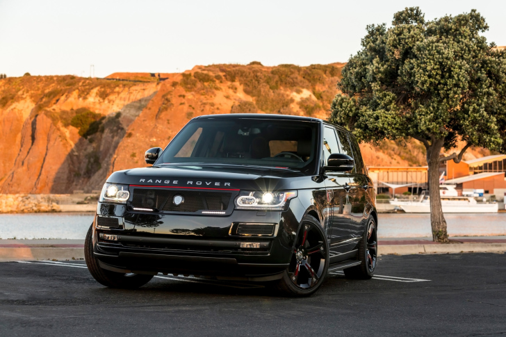 Range Rover STRUT with Grille Package wallpaper