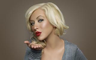 Christina Aguilera Kiss - Obrázkek zdarma pro Samsung Galaxy Tab 3